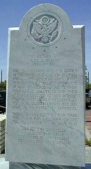 Front of Farmersville, Texas stone marker dedicated to Audie Murphy.