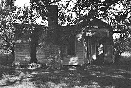 Photo of the home outside of Kingston, Texas Audie Murphy was born in shortly before it was demolished.